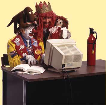 clown-on-computer